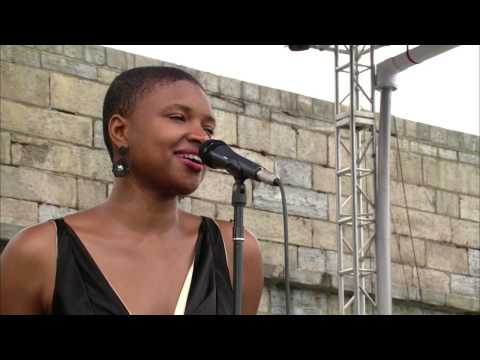 Lizz Wright - Full Concert - 08/10/03 - Newport Jazz Festival (OFFICIAL)