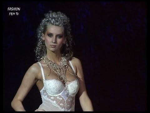 No.1 ALLES lingerie - Poland / Fashion Film TV