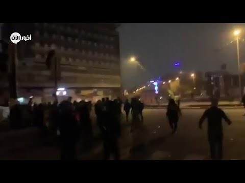 لحظة إطلاق المليشيات النار على المتظاهرين في بغداد  - 01:59-2019 / 12 / 7
