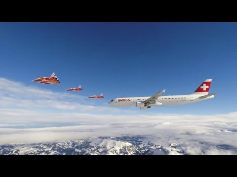 Patrouille Suisse and Swiss Airbus A321 Lauberhorn 2016