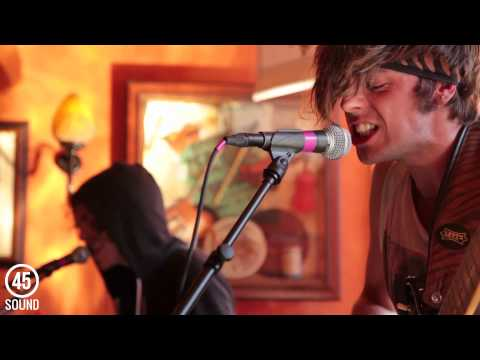 "Funeral Suits ""Hands Down"" live FanFootage at SXSW 2013"