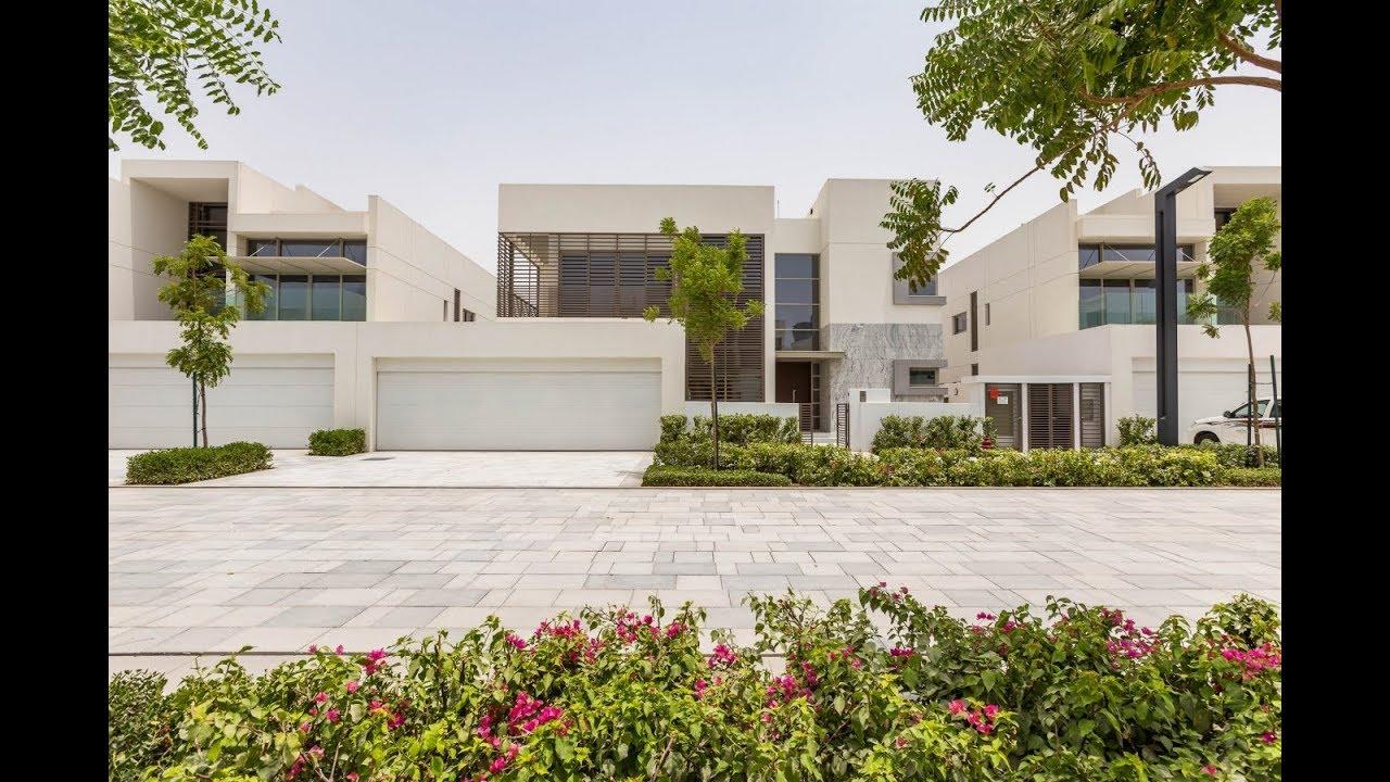 Contemporary style villa dubai united arab emirates