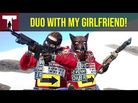 playing-duo-with-my-girlfriend-(rust)
