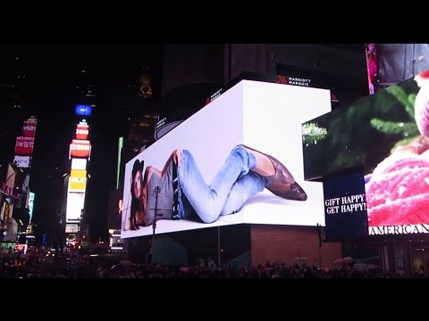 World's Largest HD Screen, Times Square, NYC