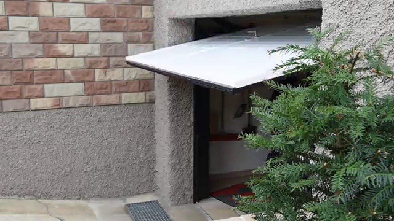 fermeture d 39 une porte de garage basculante autoport e simon youtube. Black Bedroom Furniture Sets. Home Design Ideas
