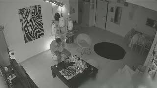 תיעוד: גנב שפרץ לבית נשאר בגלל מנת שווארמה – ונתפס