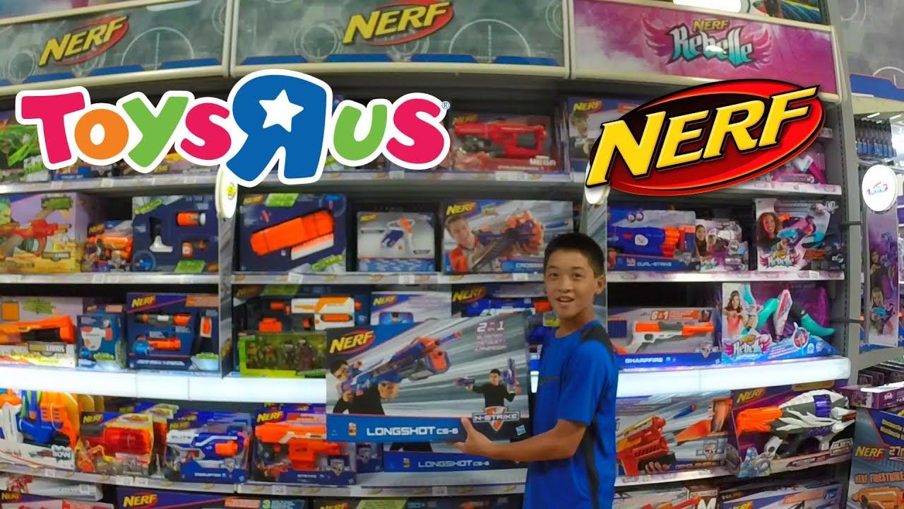 Ultimate Toys R Us Nerf Run Nerf Shopping 1 Youtube