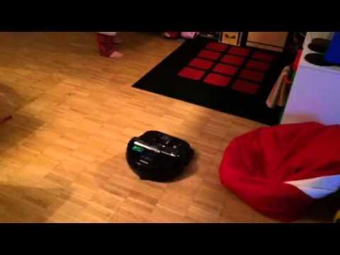 Samsung Vr9200 Powerbot Failed To Climb Onto The Carpet
