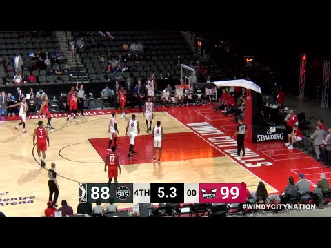 Kennedy Meeks Posts 14 points & 11 rebounds vs. Windy City Bulls