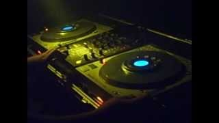 Dj LEO   DEEPEST BLUE VS  IIO   Give It Away Rapture Mash Up Club Mix