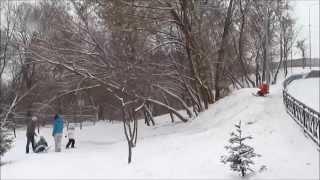 катание на санках в Саржином яру Харьков winter in Kharkov sled