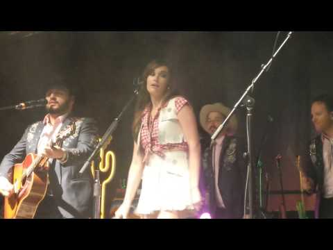 Kacey Musgraves -  My House [LIVE] HQ
