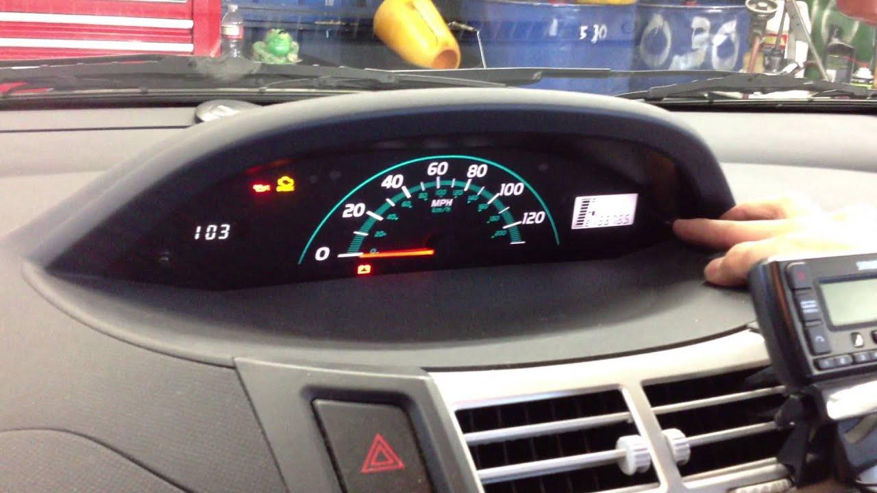 Toyota corolla maintenance required light blinks for Honda accord d4 light blinking