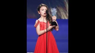 Sobbing Prince,named Best Young Performer at Critics' Choice... then charms new BFF Angelina Jolie
