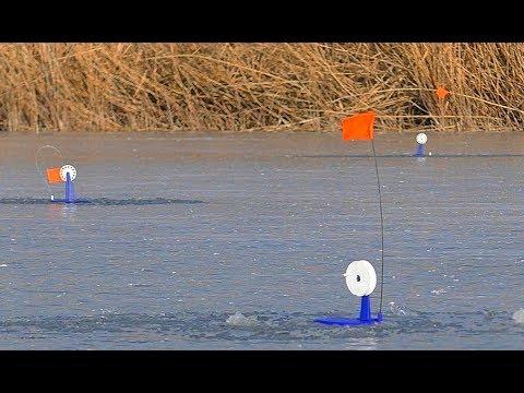 Жерлицы. Зимняя рыбалка на щуку. Разведка по щучьим местам. На мотоцикле зимой.