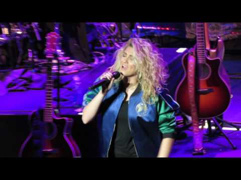When Doves Cry, Purple Rain and City Dove - Tori Kelly Live @ Fox Theater Oakland, CA 5-19-16