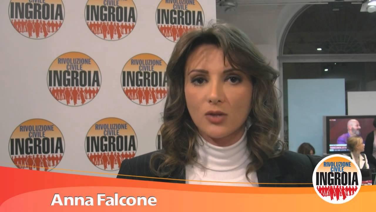 La Rivoluzione Di Anna Falcone