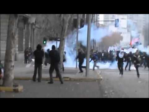 masive protest in Chile, strong police repression, the press
