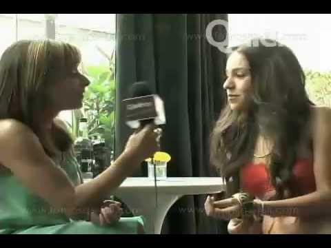 Danna Paola En Bikini En La Revista Quien