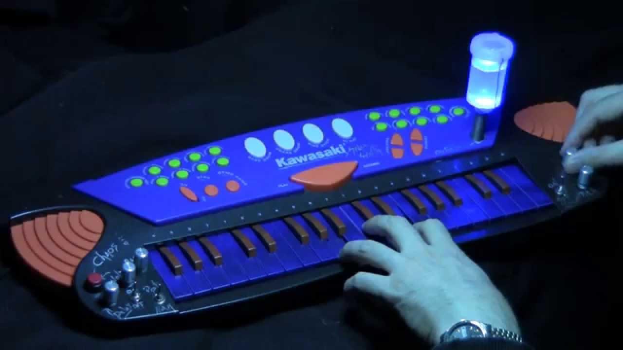 Circuit Bent Kawasaki Aka Spacesynth Circuitbending Circuitbent Noise Toys By Cementimental