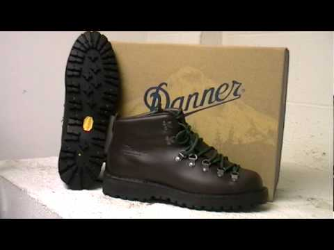 Danner Mountain Light Ii Hiking Boot Youtube