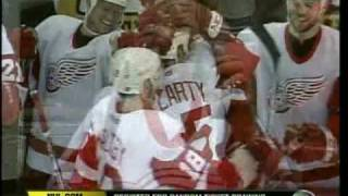 Video 2002 Playoffs - Avalanche @ Red Wings Game 1 (NHL-N) download MP3, 3GP, MP4, WEBM, AVI, FLV November 2017