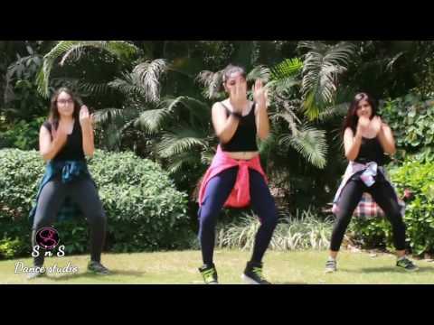 Iddarammayilatho || Top Lesi Poddi || Zumba® Fitness with ZIN Preeti Vashistha