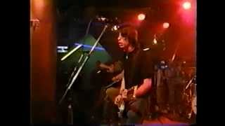 Foo Fighters - Alone + Easy Target (Much Music 1997)