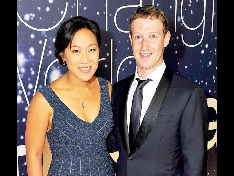 Mark Zuckerberg with his wife, according to rplanetworld.com(2017)