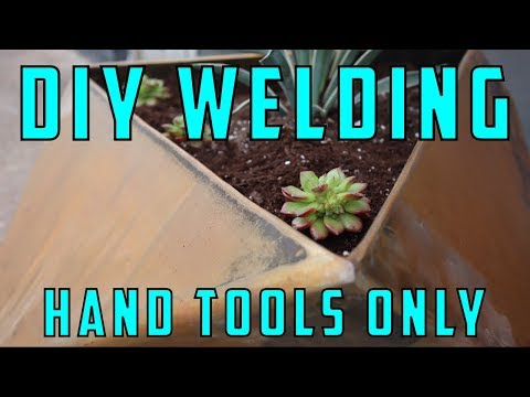 HOW TO MAKE A METAL PLANTER - HAND TOOLS ONLY (2019)