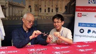 Cha Phạm Quang Hồng: phỏng vấn & ảo thuật