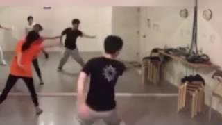 中谷ダンスクラスで安田レイさんの「Message」踊りました。 画面が寄っ...