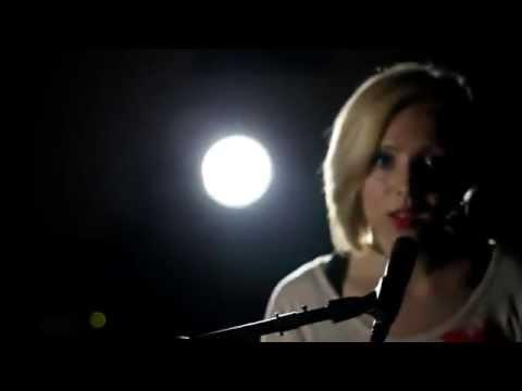 Madilyn Bailey ( Sia ) - Titanium ( Piano version )