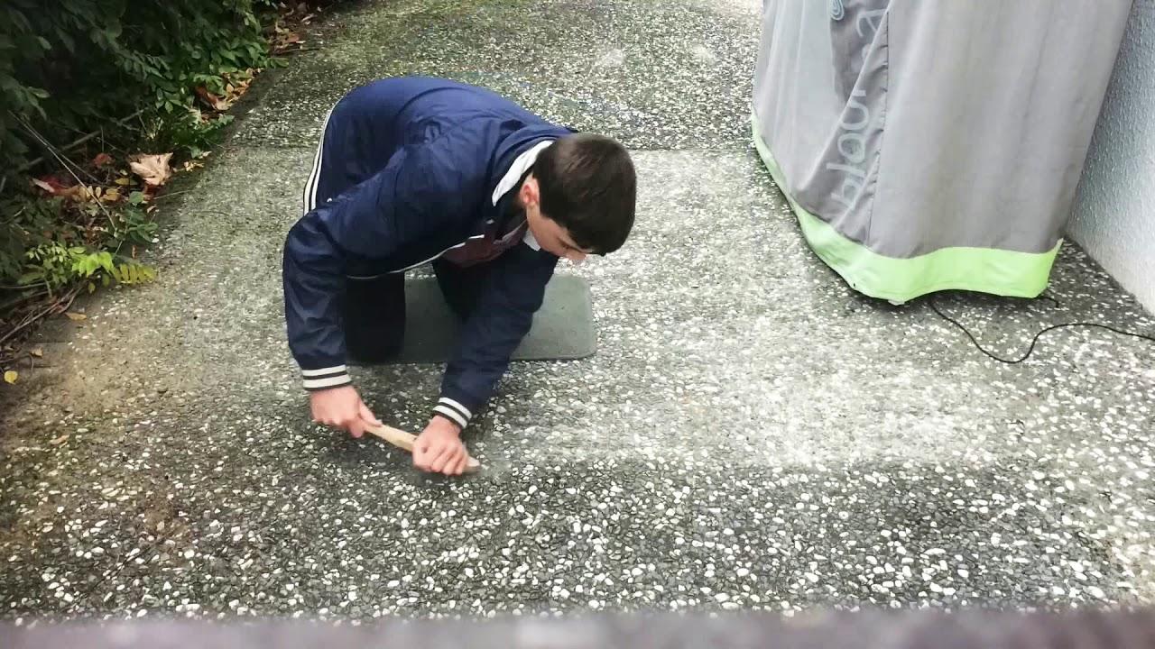 Comment Enlever Ciment Sur Pavés enlever mousse terrasse - youtube