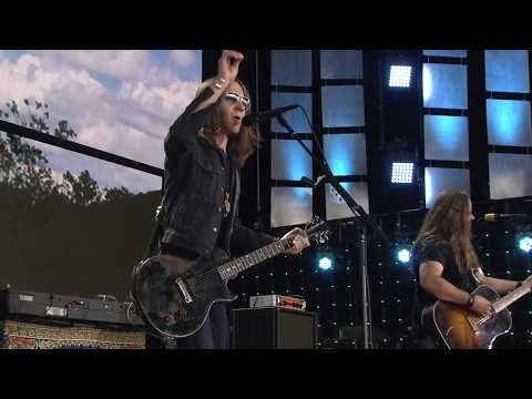 Blackberry Smoke - One Horse Town (Live at Farm Aid 2017)