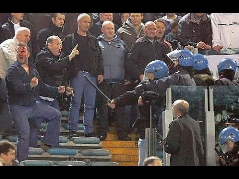 06/07 AS Roma - Manchester UTD Red devils fans clash with Rome police