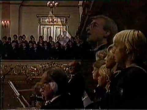 "Niels W.Gade ""I østen stiger solen op"" Kbhkor - Sjællands Symfoniorkester"