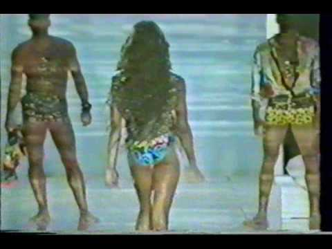 Gianni Versace Spring Summer 93 Mens collection Naomi Campbell