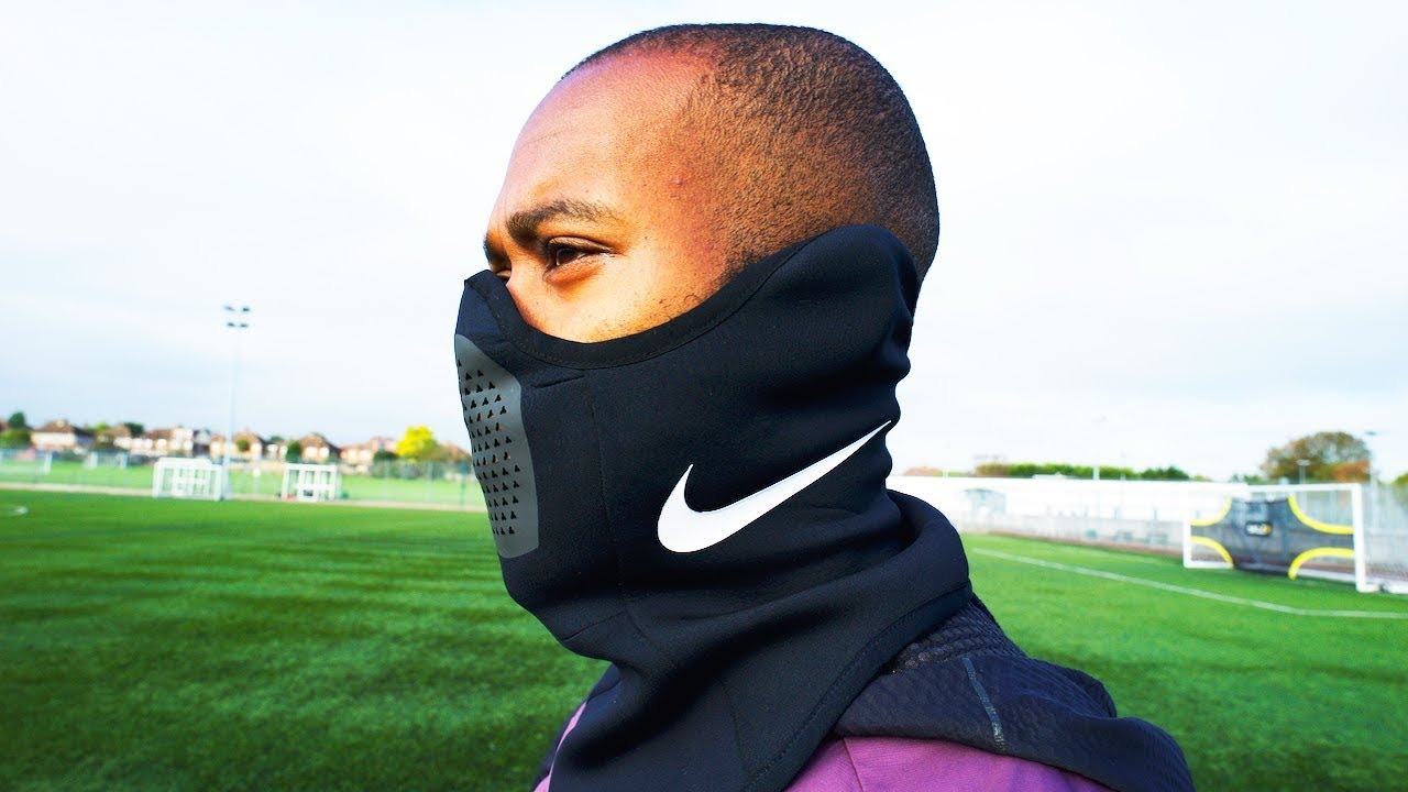 BANE ON PITCH?! NEW NIKE STRIKE SNOOD PLAY TEST </p>                     					</div>                     <!--bof Product URL -->                                         <!--eof Product URL -->                     <!--bof Quantity Discounts table -->                                         <!--eof Quantity Discounts table -->                 </div>                             </div>         </div>     </div>     
