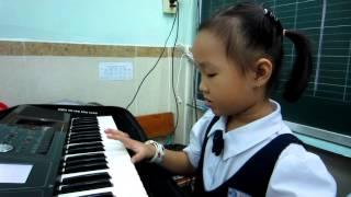 Organ Thiếu Nhi Con chim non ( Bé Ánh Huyền 1C Melinhschool)