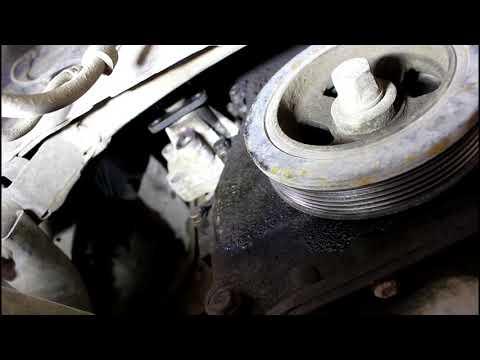 Замена помпы системы охлаждения Citroen C Crosser 2,4 Ситроен Си Кроссер 2007