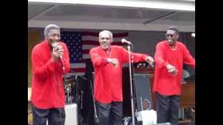 "THE TRAMMPS - ""The Night The Lights Went Out""_""Disco Inferno"" (Hoboken, NJ / 9-25-05)"