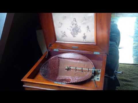 1896 Regina Music Box (15