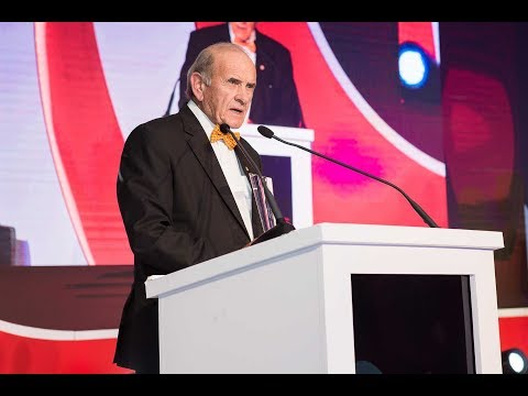 Winners stage: Arabian Business Achievement Awards 2017 - Colm McLoughlin, Dubai Duty Free
