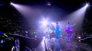 S.H.E is The One Live Concert 2010 - 我愛雨夜花