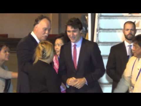 Canadian PM Justin Trudeau arrives in PH for Apec