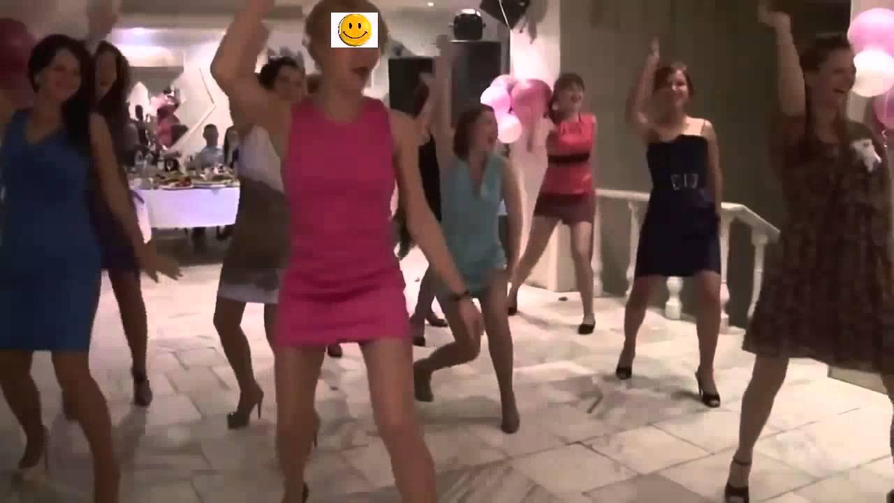 кружевами лифчики, популярные ролики танцуют длинноногие девушки свадьба язык присох