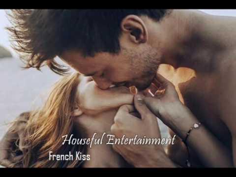 चुम्बन कैसे करे - आइये सीखते है   Kiss Karna Seekho ,,