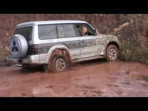 Mitsubishi pajero 2  ,Suzuki vitara и немного грязи 2