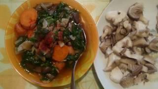 Суп из грибов вешенок.